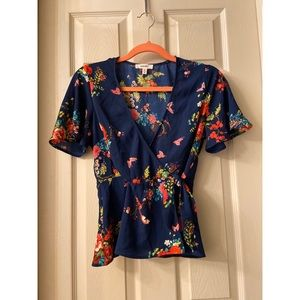 Forever 21 Tops - Blouses lot of  4